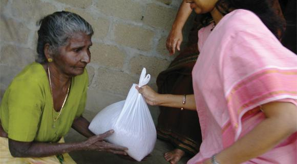 Amma.org: Fighting Hunger