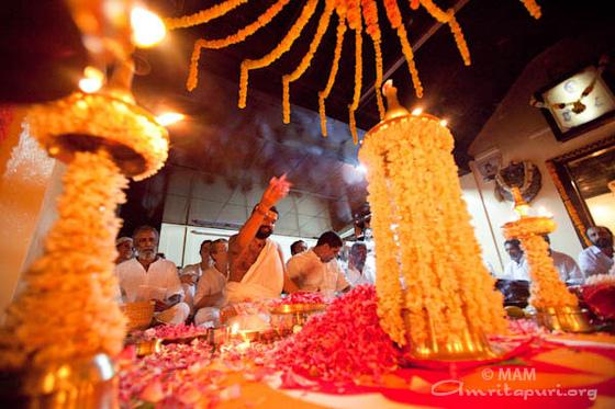 Monthly Karthika Puja on Amma Birthday