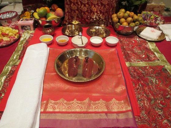 Pada Puja items