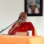 Swami Ramakrishnananda giving a discourse